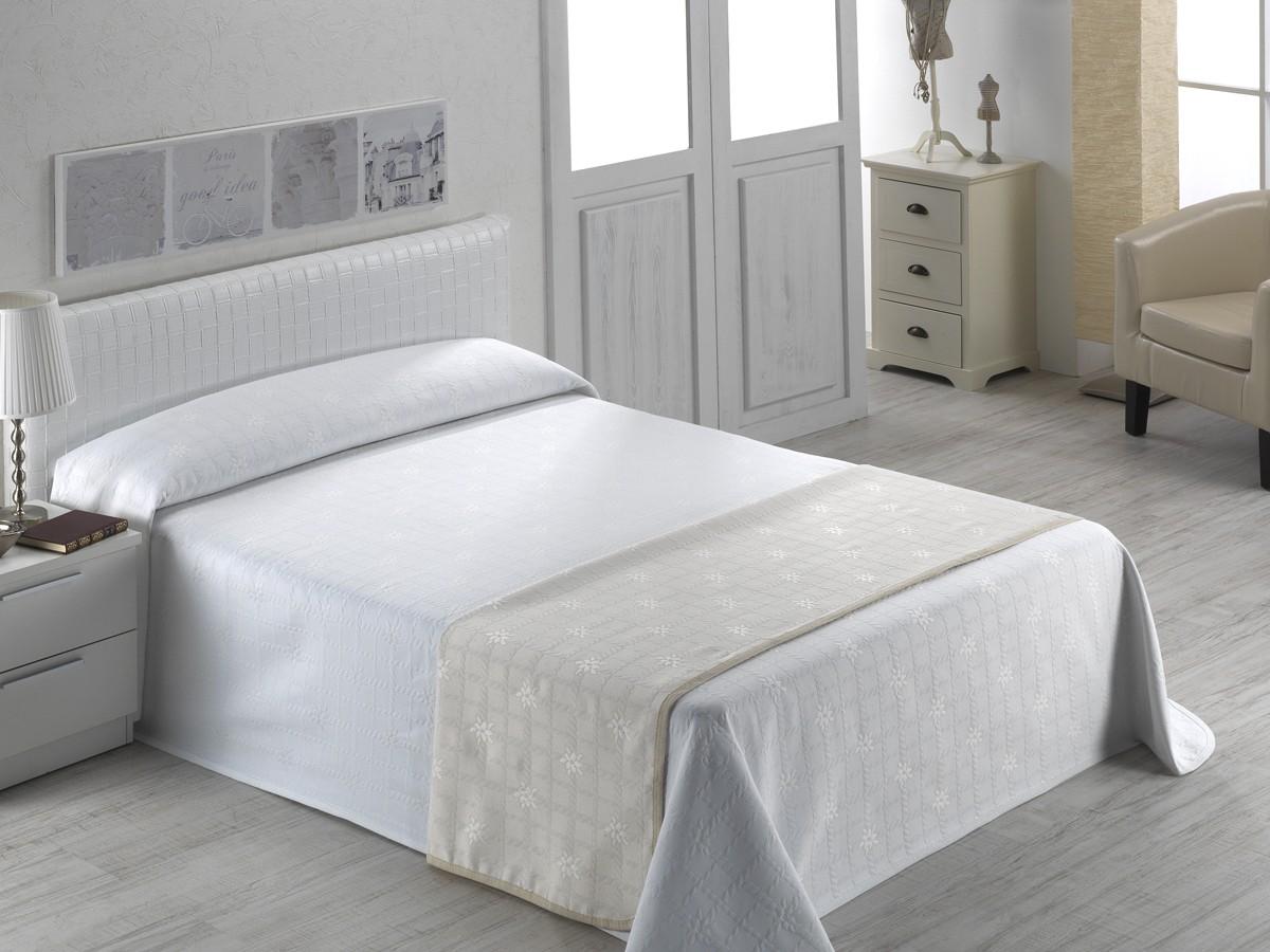Sabanas a medida blog de sabanalia for Colchas para camas de 150 con canape